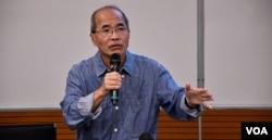 香港時事評論員劉銳紹。(美國之音湯惠芸)