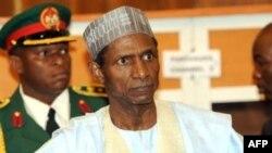 尼日利亚因病不能行使职责的亚拉杜瓦总统