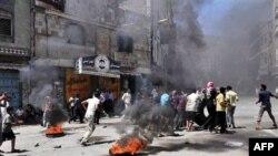 Forcat qeveritare të Jemenit vazhdojnë bombardimet në kryeqytetin Sana