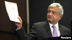 Andrés Manuel López Obrador, durante la conferencia de prensa en la que anunciaron su pedido por una nueva elección extraordinaria.