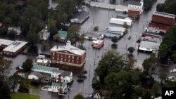 Thị trấn Trenton, bang North Carolina, chìm trong biển nước vào ngày 16/9/2018.