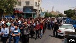 موج جدید اعتراضات در شهرهای بزرگ همچون کرج برگزار شد.