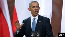 Presiden AS Barack Obama memberikan pidato pada peringatan 25 tahun 'Hari Kebebasan' di Warsawa, Polandia, Rabu (4/6).