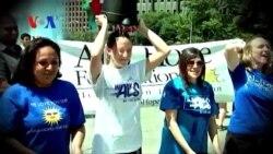 Watch VOA's Arash Arabasadi Take on Ice Bucket Challenge (VOA On Assignment Sept. 5, 2014)