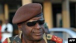 ນາຍພົນ Agusto Mario ເສນາທິການຂອງກອງທັບ Guinea-Bissau ໃນຮູບທີ່ຖ່າຍຢູ່ສະໜາມບິນນະຄອນ Bissau ເມື່ອວັນທີ 16 ເມສາຜ່ານມານີ້.