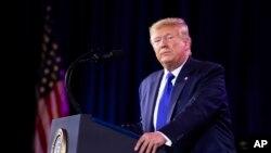 រូបឯកសារ៖ ប្រធានាធិបតីលោក Donald Trump ថ្លែងនៅក្នុងកិច្ចប្រជុំ Values Voter Summit នៅរដ្ឋធានីវ៉ាស៊ីនតោន កាលពីថ្ងៃទី១២ ខែតុលា ឆ្នាំ២០១៩។