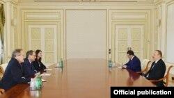 Prezident İlham Əliyev ABŞ-ın Milli Təhlükəsizlik Şurasının Avropa üzrə baş direktoru Çarlz Kupçanı qəbul edib