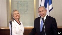 美國國務卿克林頓星期一在耶路撒冷與以色列總理內塔尼亞胡會晤