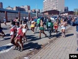 Abanye abantu abavalelise iNdlovukazi uShiyiwe Mantfombi Dlamini Zulu. (Photo: Thuso Khumalo)
