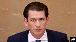 제바스티안 쿠르츠 오스트리아 총리가 27일 의회 회의에 참석했다.