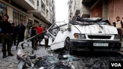 Serangan udara Israel menyerang sasaran Hamas di kota Gaza.