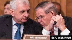 미국 민주당 잭 리드 상원의원(왼쪽)과 밥 메넨데즈 상원의원. 사진 제공: 잭 리드 상원의원실.