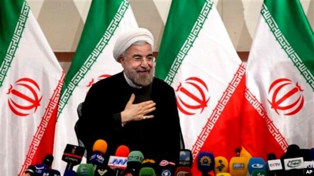 Giáo sĩ Hồi giáo Hassan Rouhani ngày mai sẽ trở thành vị tổng thống thứ 7 của Iran (ảnh tư liệu, ngày 17/6/2013)