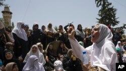 مظاهره فلسطینی ها قبل از نماز جمعه در مسجد الاقصا در بیت المقدس