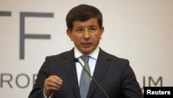 아흐메트 다부토글루 터키 외무장관. (자료사진)