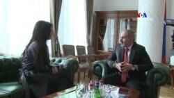 Քիմ Քարդաշյանին ընդունել է վարչապետ Նիկոլ Փաշինյանը
