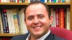 Israel Navarro dialoga sobre el impacto del triunfo de Donald Trump en México