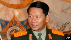 罹難的老撾副總理兼國防部長隆再皮吉中將(過去他訪問莫斯科時的照片)