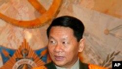 Mudofaa vaziri Dunchay Phichitning o'limi kommunistik mamlakatga qanday ta'sir qiladi?