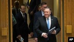 El secretario de Estado estadounidense, Mike Pomepo, llega a la reunión del Consejo de Seguridad de la ONU sobre la conformidad de Irán con el acuerdo nuclear del 2015, el miércoles 12 de diciembre del 2018.