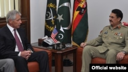 امریکہ کے وزیر دفاع چک ہیگل کی پاکستانی فوج کے سربراہ جنرل راحیل شریف سے ملاقات