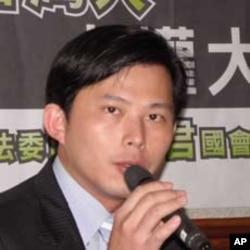 台湾中央研究院法律学研究所副研究员黄国昌