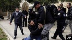 Des accrochages ont éclaté et les forces de l'ordre, qui contrôlent l'accès de l'esplanade des mosquées à Jerusalem (Photo d'archives)