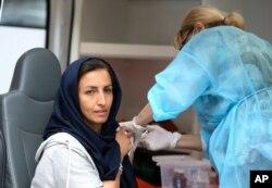 ایرانیان متقاضی واکسن کرونا