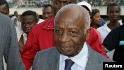 L'ancien président du Bénin, Emile Derlin Zinsou, au stade de Lomé, au Togo, 23 juillet 2006