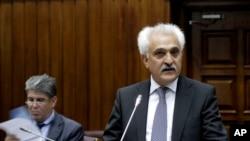 رنگین دادفر سپنتا وزیر خارجه و مشاور امنیت ملی حکومت حامد کرزی، رئیس جمهور پیشین افغانستان، عضو این اپوزسیون است
