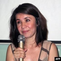 世界维吾尔大会主席热比娅女儿 热依拉