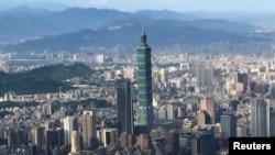 透過飛機舷窗看到的台北景色(資料照)