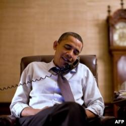 Obama 2012 yilda prezidentlikka qayta saylanish uchun tarafdorlaridan 1 milliard dollar yig'ishga bel bog'lagan