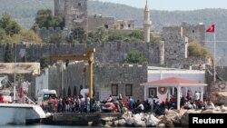 بسیاری از پناهجویان از سوریه به ترکیه رفته اند. عده ای هم از کشورهای دیگر.