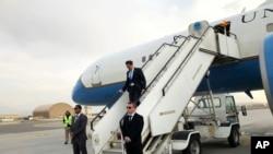 Američki sekretar za odbranu Mark Esper stiže u posetu Avganistanu, 20. oktobar 2019.