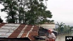 Các đợt mưa lớn ở miền Trung làm ngập 175 căn nhà và nhận chìm gần 1.700 hecta hoa màu của tỉnh Bình Thuận