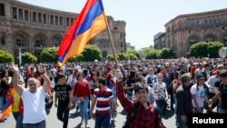 Pristalice opozicije na ulicama glavnog grada Jerevana