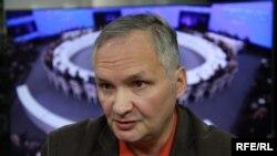 Андрей Суздальцев, политолог, заместитель декана факультета мировой экономики и мировой политики НИУ ВШЭ
