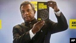 El reporte anual de Amnistía Internacional fue presentado en Francia por el secretario general de la organización, Salil Shetty.