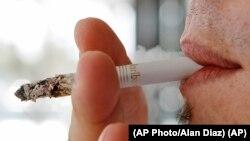 مصرف تنباکو سالانه سبب مرگ شش میلیون نفر در جهان میشود