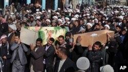 자살폭탄공격으로 숨진 순례자의 운구행렬