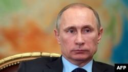 26일 블라디미르 푸틴 러시아 대통령이 모스크바 외곽에서 열린 회의에 참석했다.