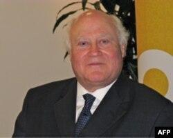奥尔森,公共外交咨询委员会成员