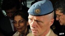 ورود ژنرال رابرت مود، سرپرست ناظران آتش بس سازمان ملل، به سوريه