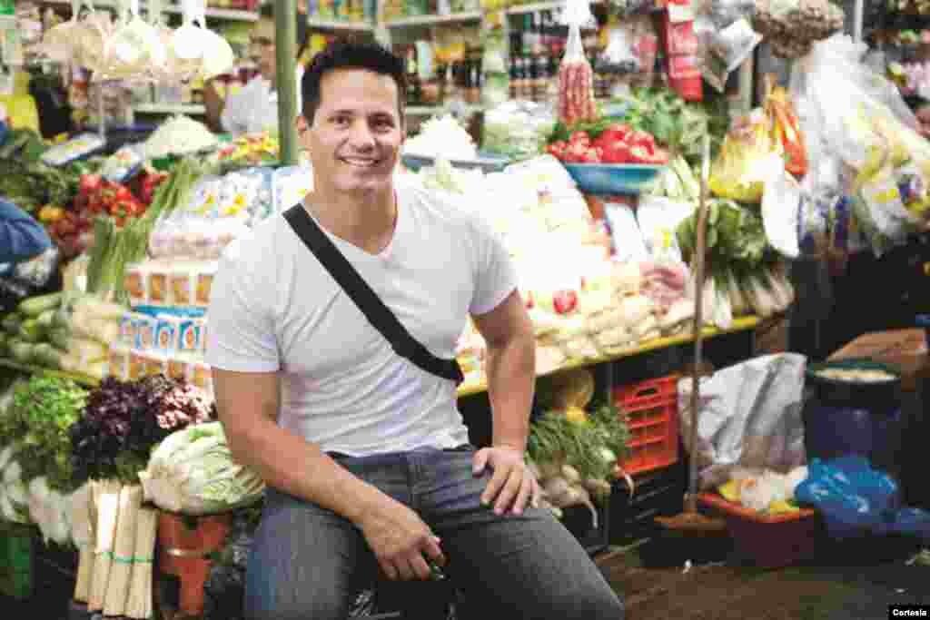"""El chef Flavio Solorzano, propietario del restaurante """"El señorío de Sulco"""", en Lima, Perú, participará del festival y compartirá sus secretos culinarios."""