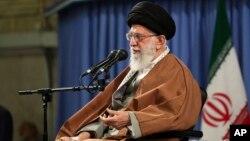 ایران کے رہبرِ اعلیٰ آیت اللہ علی خامنہ ای