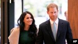Pangeran Harry dan Meghan di London, 15 Oktober 2019.