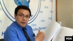 Julio Montenegro, abogado de la Comisión Permanente de DDHH lleva el caso de un buen grupo de detenidos.