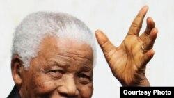 Bivši predsednik Južnoafričke Republike Nelson Mandela