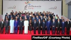 Photo de famille des Chefs d'Etat et de gouvernement francophones, le 26 novembre 2016. (© Fireflies/OIF)